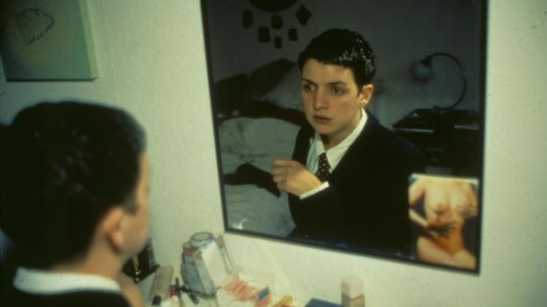 Nan Goldin, Siobhan in my mirror, Berlin, 1992