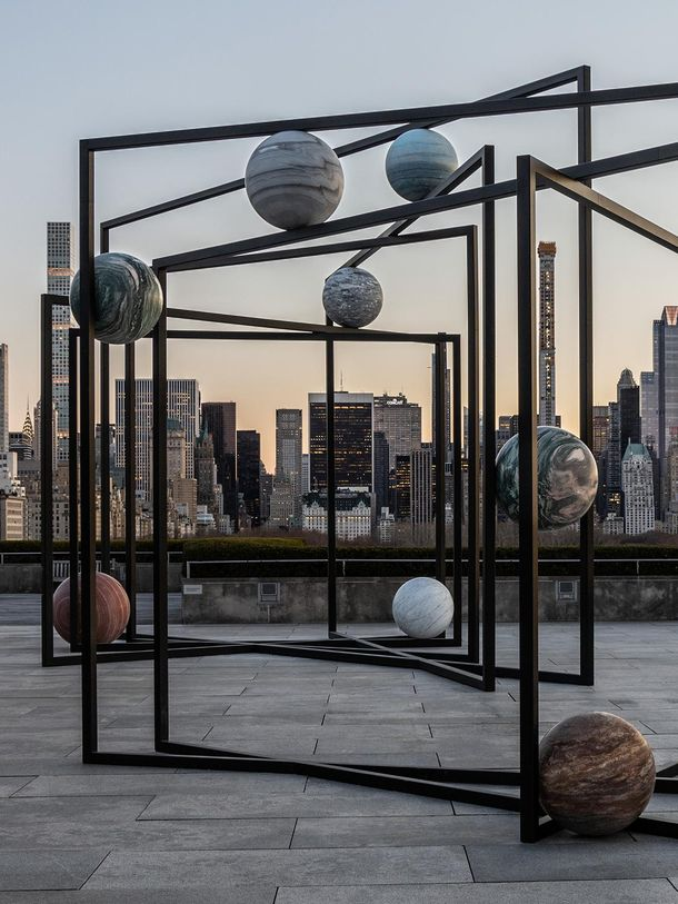 Alicja Kwade. The Roof Garden Commission: Alicja Kwade, ParaPivot. Installation view, The Metropolitan Museum of Art, 2019. Courtesy of the artist; 303 Gallery, New York; KONIG GALERIE, Berlin/London; and kamel mennour, Paris/London. Image credit: The Metropolitan Museum of Art, Photograph by Hyla Skopitz