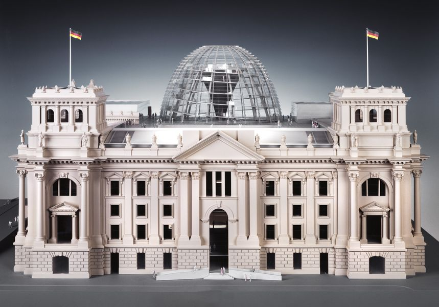Foster+Partner Architekten, Remodeling of the Reichstag-building to house the German Bundestag (Model), 1992